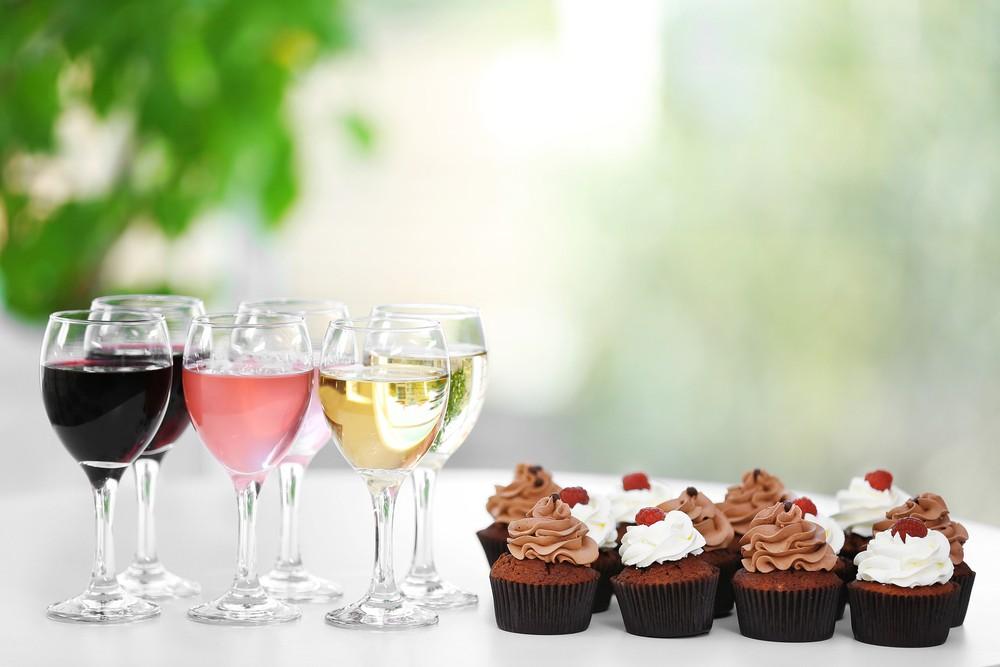 Wine & Cupcake Pairing