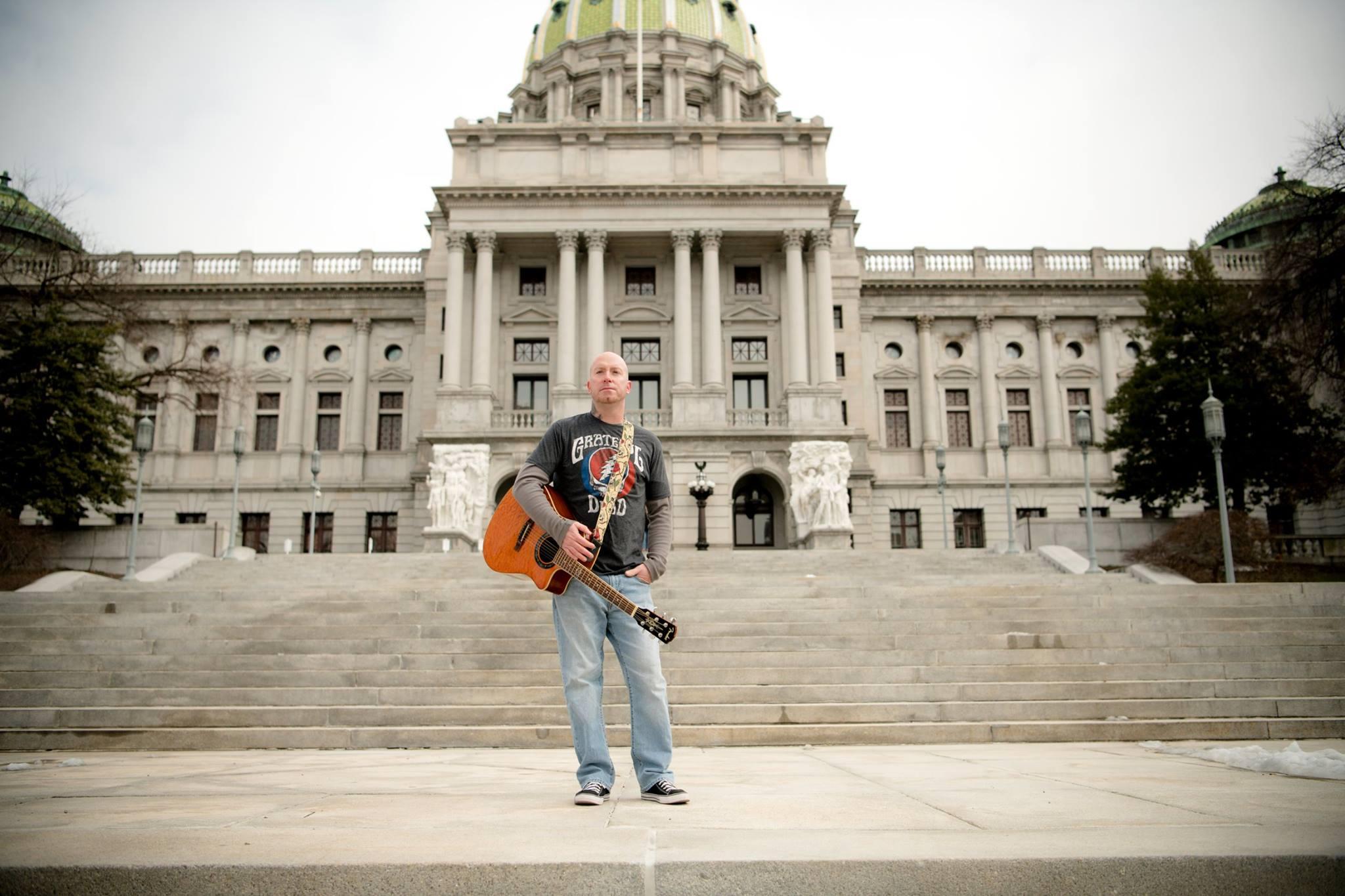 Live Music w/ Dave Gates